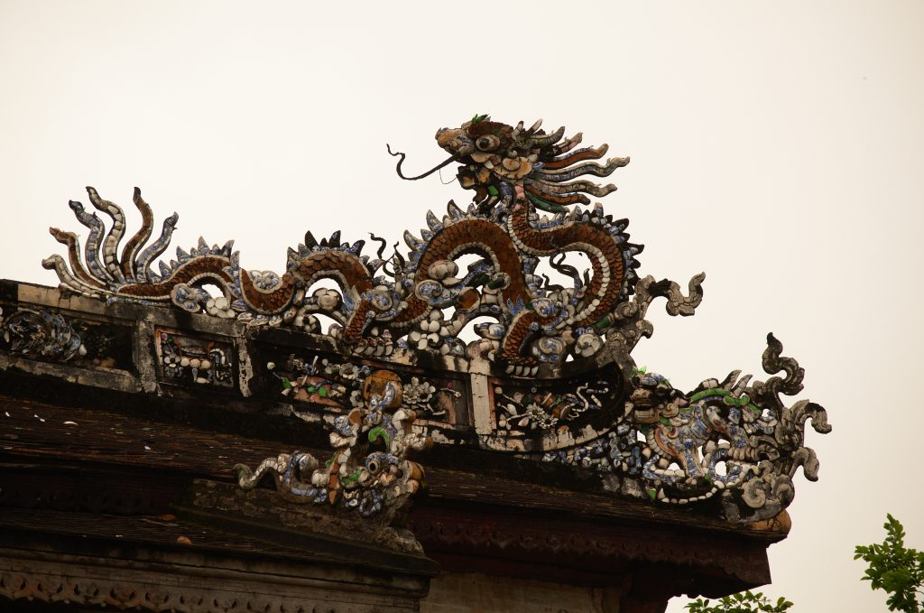 Dragon on Palace in Hue